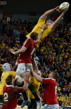 James-Horwill-Lineout-Take