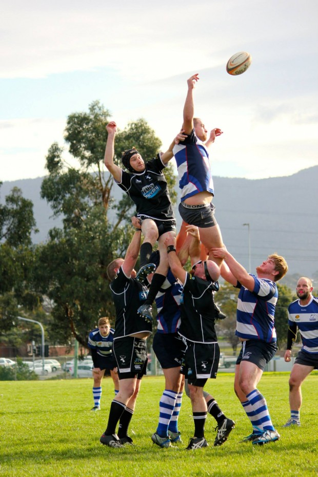 Taroonas Chris Thomson battles with Glenorchys Josh Dorahy in a lineout