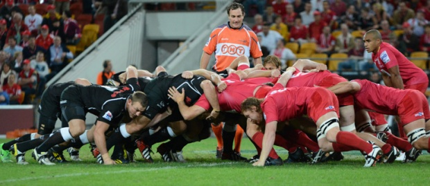 Reds v sharks scrum
