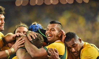 kurtley beale celebrating wallabies all blacks 2015