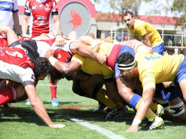 Canberra Vikings and Brisbane City scrums go head to head