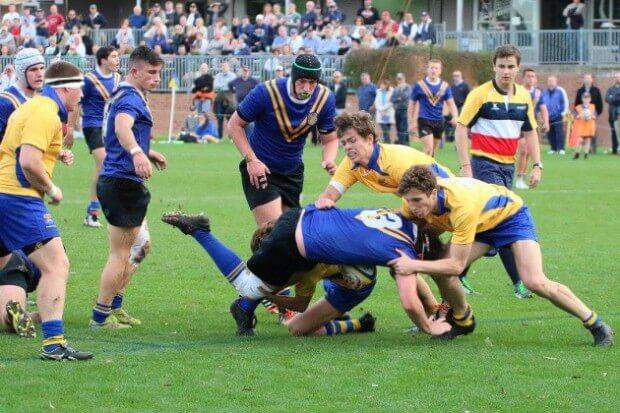 Aloy's scrambling defence