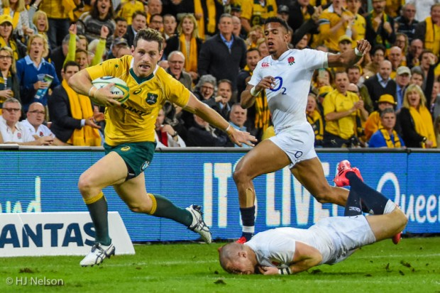 Bernard Foley leaves Mike Brown to eat dirt at Suncorp Stadium