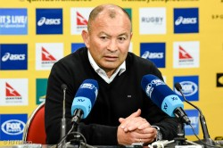 Cranky Eddie Jones at post-match press-conference. Not impressed with Stephen Hoiles' question