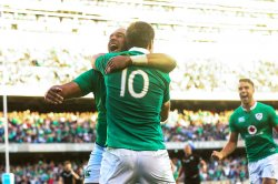 Johnny Sexton gives Simon Zebo a hug after he scores try