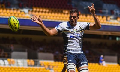 Rory Arnold wins his lineout, Brumbies v Highlanders