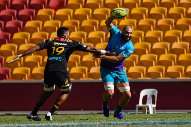 Jacques Potgieter with his Scott Fardy impersonation, Semi-Final 1, Chiefs v Bulls