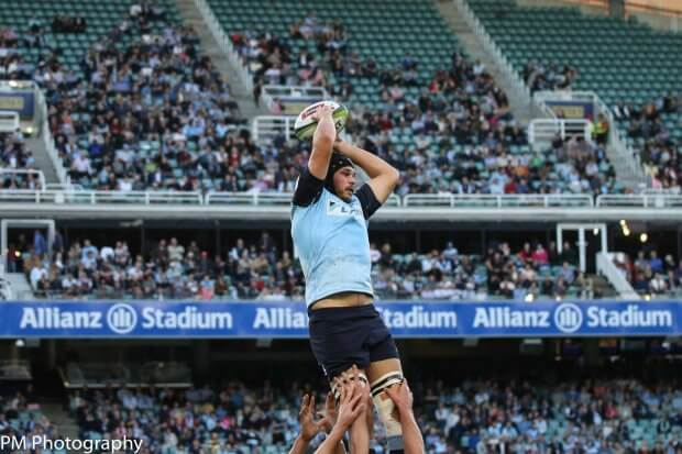 Michael Wells secures the lineout.