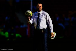 MIchael Cheika oversees warm up