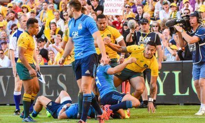 'Are we at the wrong game?' sign in the crowd as Israel Folau scores his first try