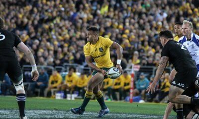 Will Genia shapes to pass.