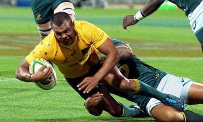 Kurtley Beale is tackled Wallabies v Springboks Perth 2017 (Photo Credit: Delphy)