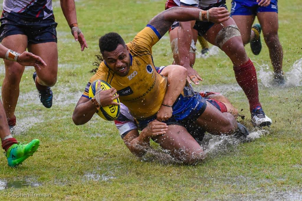 Samu Kerevi scores in the wet
