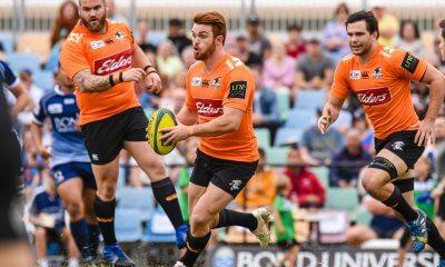 Andrew Kellaway looks for a gap