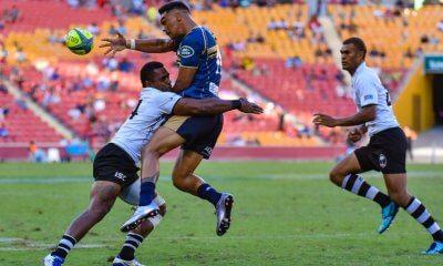 Chance Peni offloads, Fiji v Brumbies