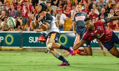 Christian Lealiifano clears the ball from his own in-goal