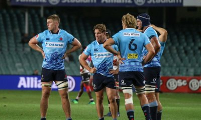 Hands on hips for the Waratahs