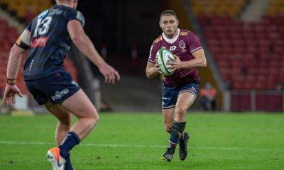 James O'Connor looks for support Reds v Rebels 2020 Super Rugby (CREDIT: Brendan Hertel/QRU)